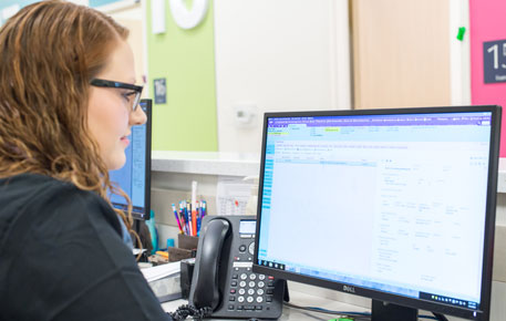 nurse accessing online records