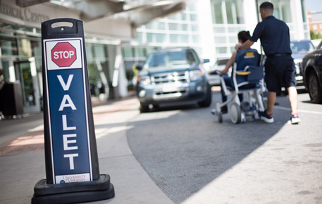 valet sign outside lobby